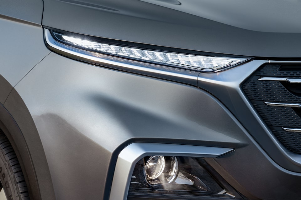 Captiva SUV Crossover Headlamp