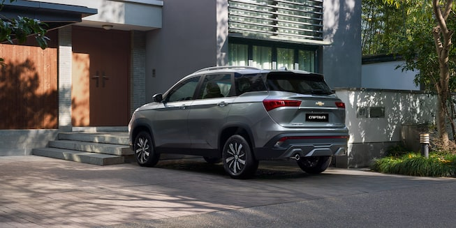 Captiva SUV Crossover Driver Side Rear