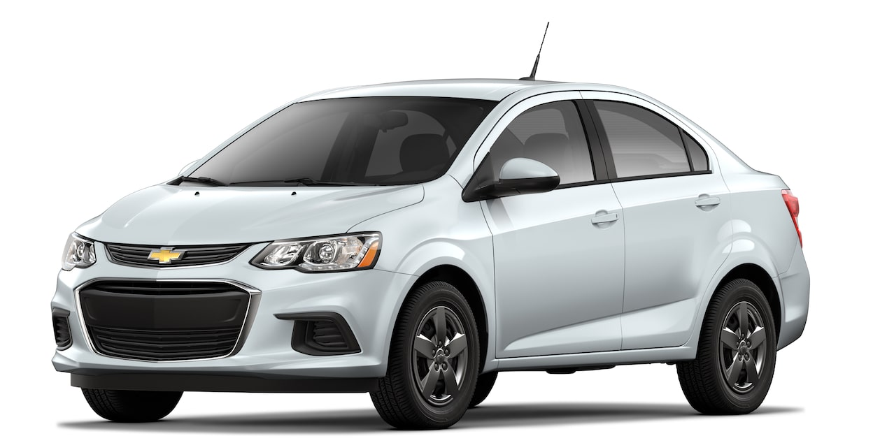 2019 Aveo in Summit White