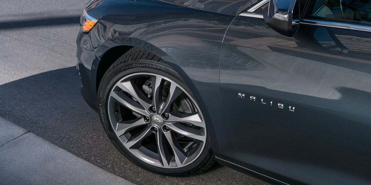 2019 Malibu Midsize Car Design: Wheels