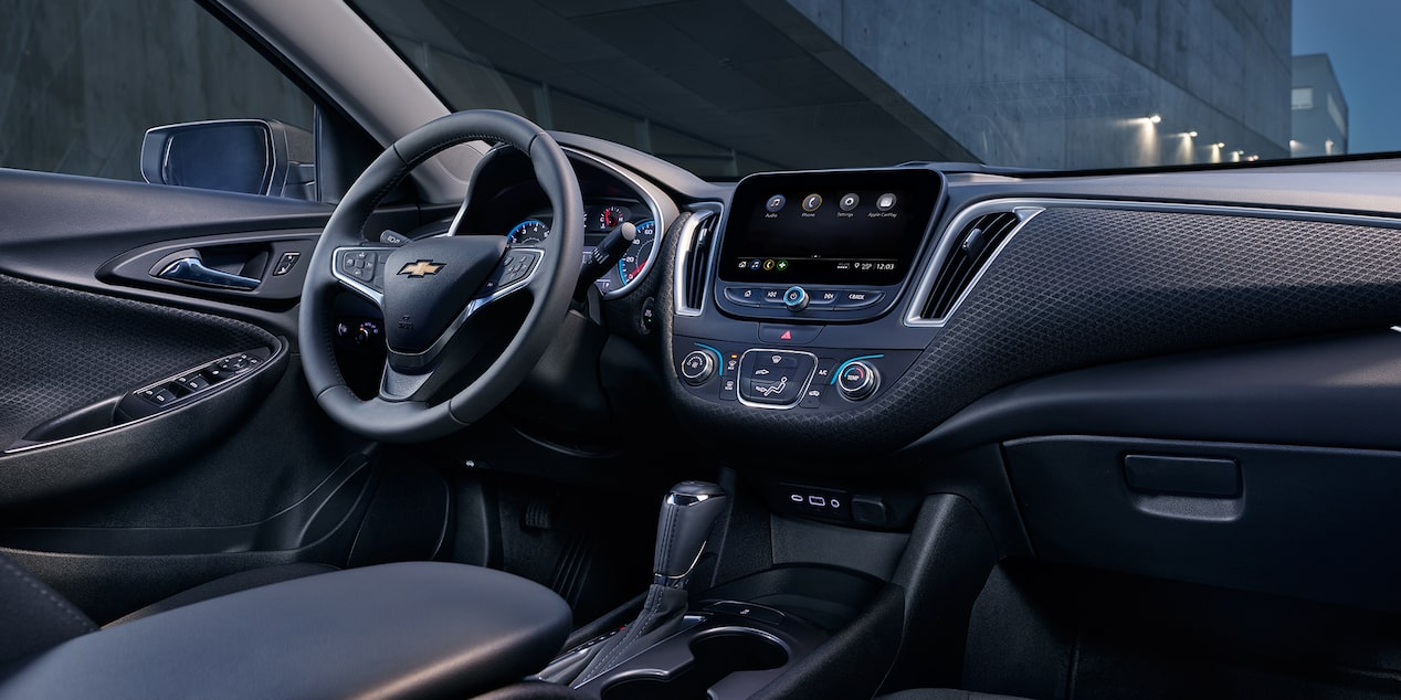 2019 Malibu Midsize Car Design: Interior Dashboard