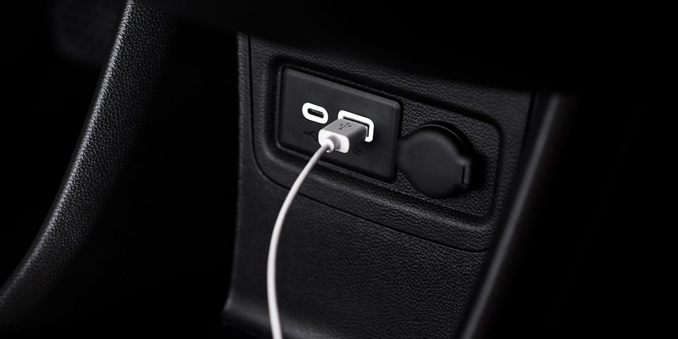 2019 Spark Interior: USB Port