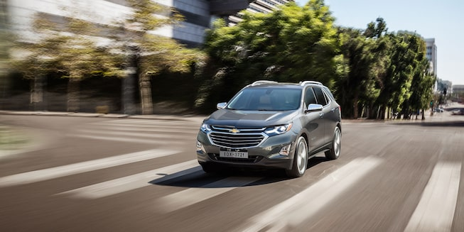 2019 Equinox Small SUV Exterior front view