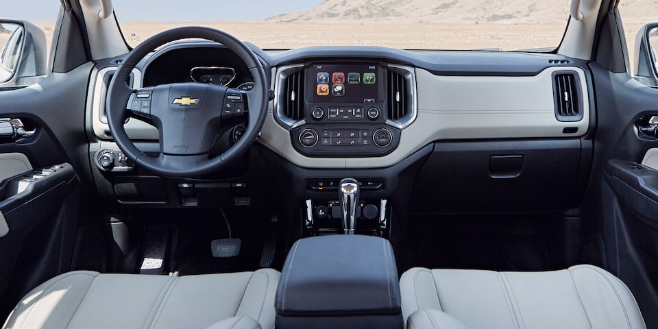 2019 Trailblazer Best 7-Seater SUV: interior dashboard