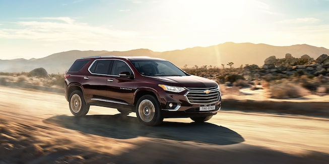 2021 Traverse Midsize SUV Exterior Photo:  front side view
