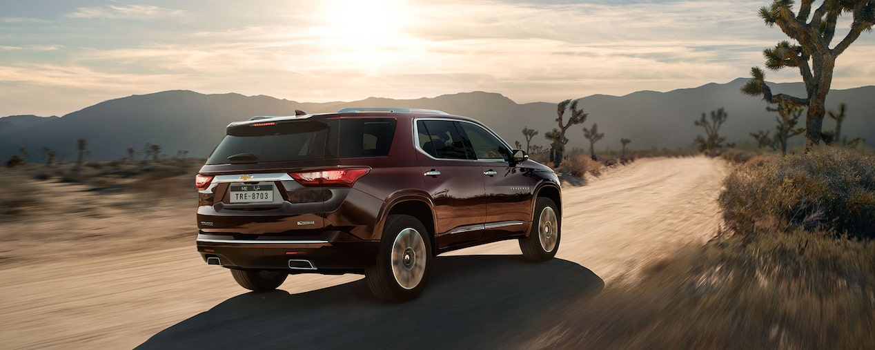 2019 Traverse Midsize SUV Performance: rear view