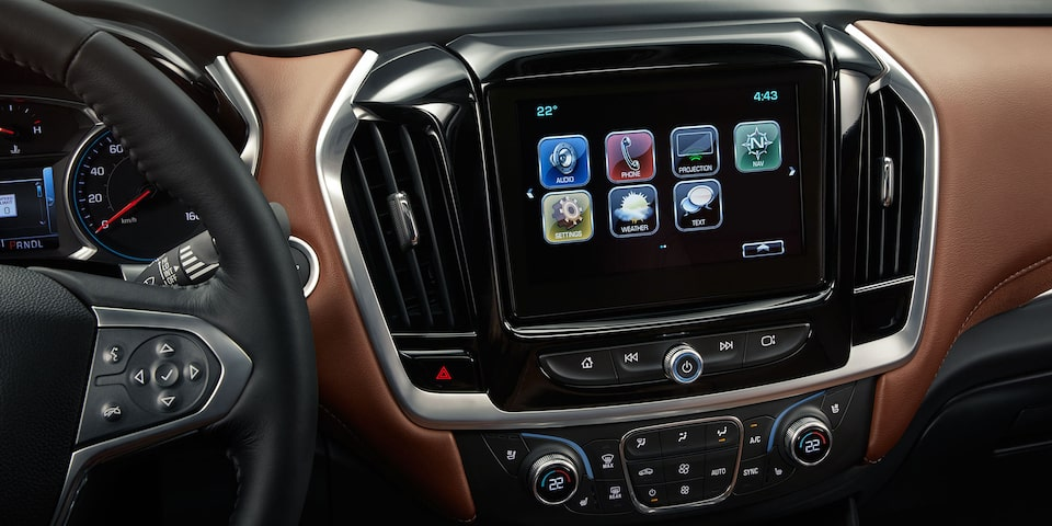 2019 Traverse Midsize SUV Technology: touchscreen