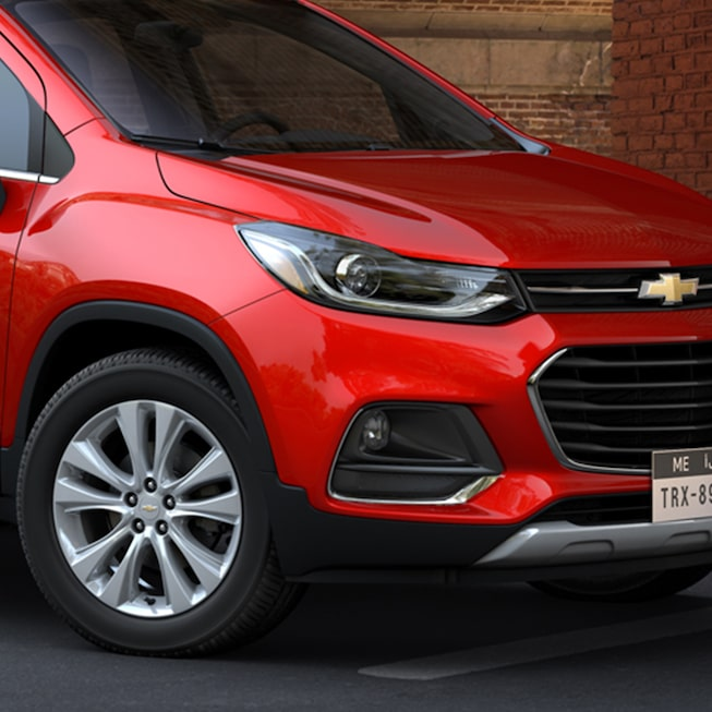2019 Trax Front View