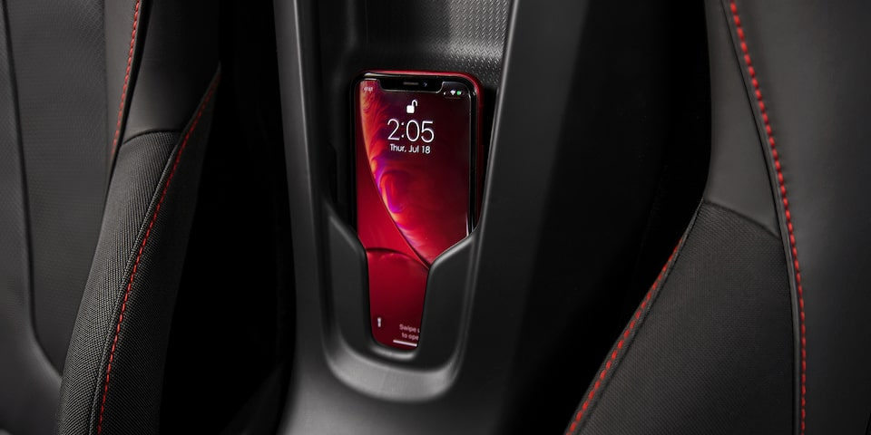 2020-corvette-reveal-technology-03