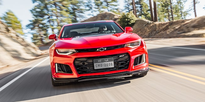 2018 Camaro ZL1 Sports Car Exterior Front View 1