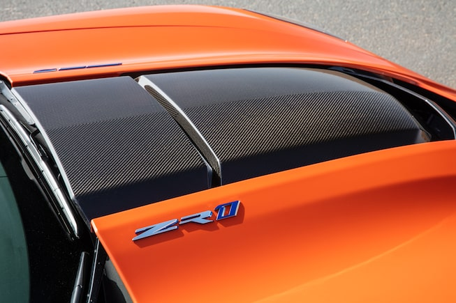 2019 Corvette ZR1 Supercar: rear wing